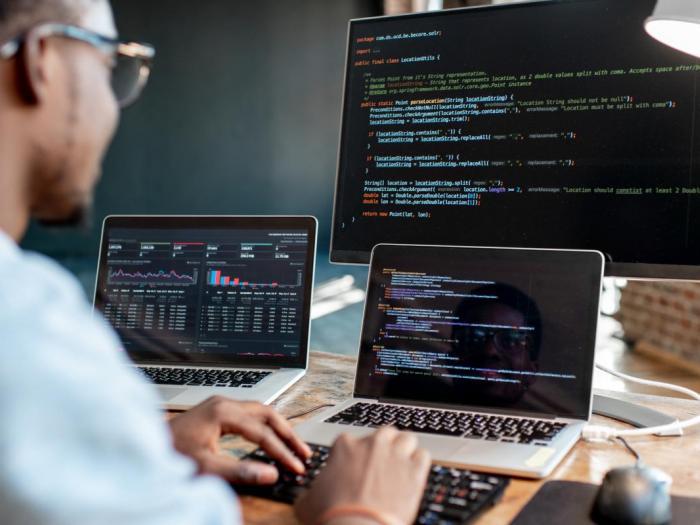 Muốn trở thành lập trình viên chuyên nghiệp, bạn nhất định phải sở hữu 6 yếu tố này!